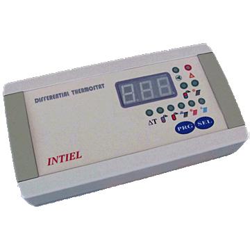 DT-3.2 Digitális vezérlőegység 2 bemenettel, 2db PT 1000 szenzorral. Falra szerelhető.